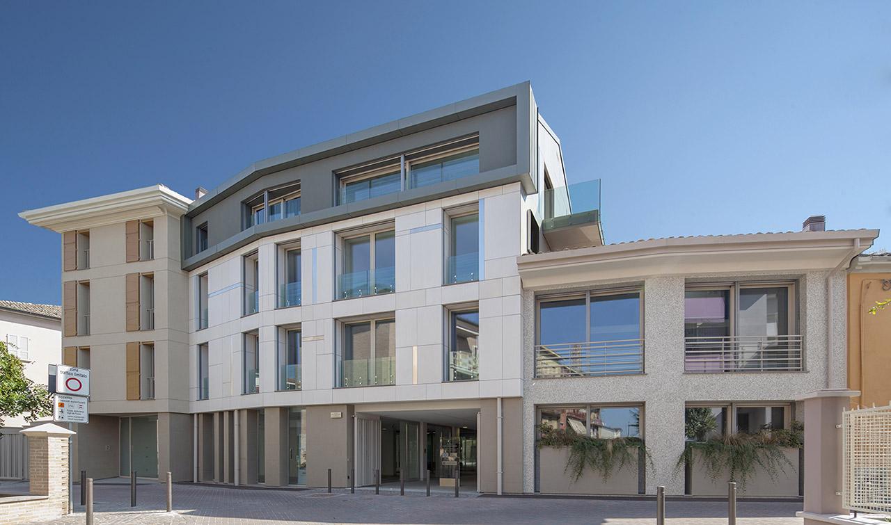 Palazzo Bellotti (Fidenza) 01