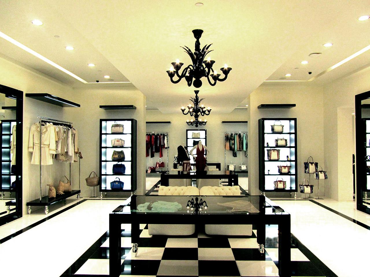 Roccobarocco Shop (Doha – Qatar) 01